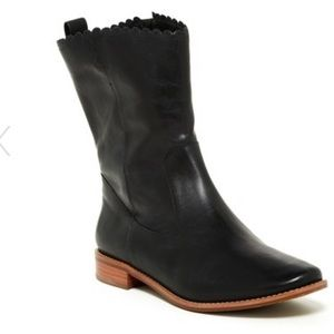 Jack Rogers Carly Boots in Black